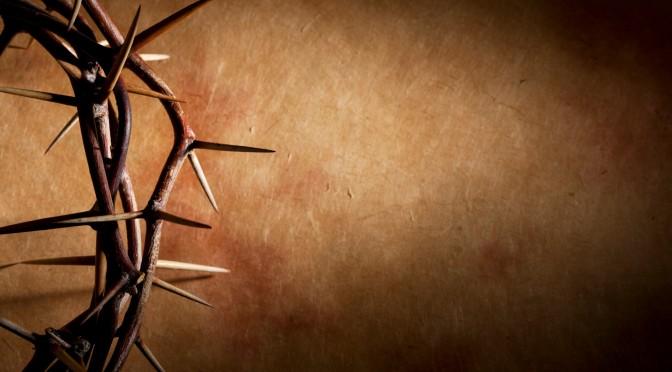"""""""Но Он изъязвлен был за грехи наши и мучим за беззакония наши; наказание мира нашего было на Нем, и ранами Его мы исцелились."""" (Исаия 53)"""